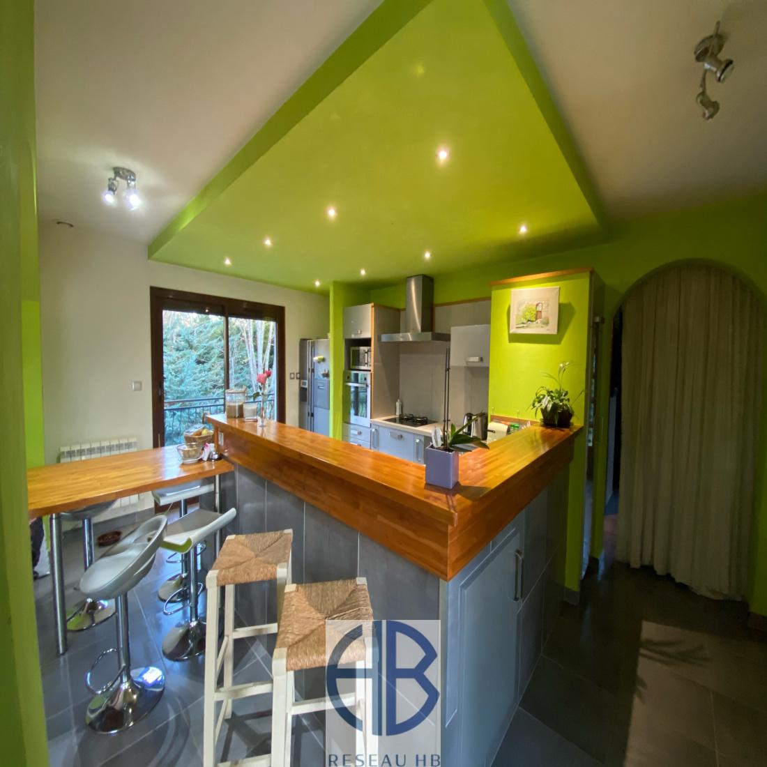 Vente Maison 140m2 De Plain Pied Jardin Piscine 140 M2 Sous Sol Marie Laure Teper Reseau Hb